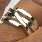 a. Zilveren ring - Zilveren ring breed 42157. Metaal: 1e gehalte zilver. Breedte: 11 mm. Solide model in strakke vormgeving. Copper Jewelry, Wire Jewelry, Handmade Jewelry, Jewellery, Puzzle Ring, Silverware Jewelry, Anklet, Ring Designs, Silver Rings