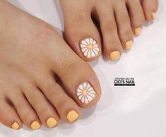 toenails, summer toenails toenail designs for summer, simple pedicures, hot toenails 2019 Nails & Co, Feet Nails, Hair And Nails, My Nails, Pretty Toe Nails, Cute Toe Nails, Simple Toe Nails, Nice Nails, Pedicure Nail Art