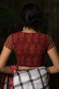 Buy Designer Blouses online, Custom Design Blouses, Ready Made Blouses, Saree Blouse patterns at our online shop House of Blouse from India. Cotton Saree Blouse Designs, Fancy Blouse Designs, Blouse Designs Catalogue, Stylish Blouse Design, Designer Blouse Patterns, Blouses, Blouse Online, Saris, Online Shopping