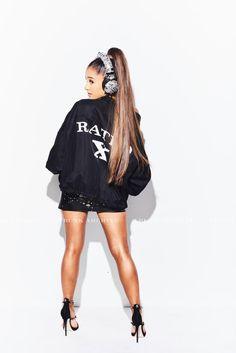 Ariana Grande Feet, Ariana Grande Hair, Ariana Grande Outfits, Ariana Grande Pictures, Adriana Grande, Photo Star, Foto Pose, Dangerous Woman, Poses