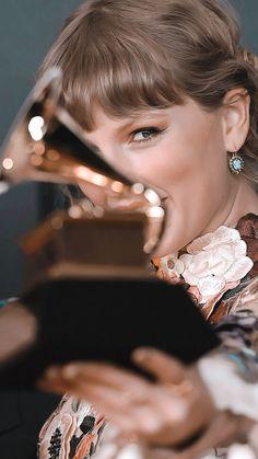 Taylor Swift Fotos, Long Live Taylor Swift, Taylor Swift Fan, Taylor Swift Pictures, Taylor Alison Swift, Selena, Miss Americana, Taylor Swift Wallpaper, Red Taylor