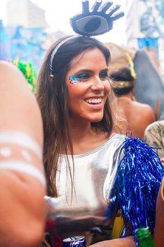 No momento em que estamos mais empoderada do que nunca, o Carnaval se tornou um dos maiores reflexos da força e luta pela liberdade das mulheres. Vem ver! Foi bonito de ver e foi um consenso geral. Os