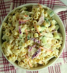 Bruschetta Chicken Pasta, Bacon Ranch Pasta Salad, Blt Pasta Salads, Pasta Salad Italian, Roasted Vegetable Pasta, Vegetable Recipes, Fresco, Pasta Salad With Spinach, Pasta Salad Ingredients