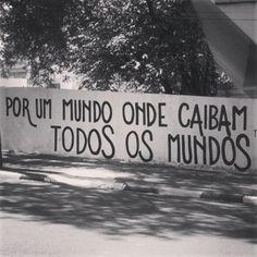 olheosmuros:  Por todos os mundos Avenida Juscelino Kubitschek, Foz do Iguaçu, PR. Foto enviada por Gustavo Gemelli.