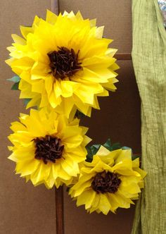 Items similar to Large and Tissue Paper Sunflowers - Perfect Decorations for Summer Wedding, July Birthday Party&Baby Shower on Etsy Tissue Paper Decorations, Tissue Paper Crafts, Diy Paper, Paper Art, Papel Tissue, Handmade Flowers, Diy Flowers, Diy Fleur, Sunflower Party