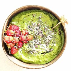 """Say Yes To Healthy on Instagram: """"Tadaaaa morning, morning everybody 🥰🌅💞 I always fall in love with a green smoothie though 😇. Every night I look forward to the morning in…"""" Morning Morning, Palak Paneer, Avocado Toast, Falling In Love, Smoothie, Night, Healthy, Breakfast, Ethnic Recipes"""