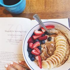 Makings of a good morning: coffee, devotion, & oats (with banana, strawberries, blueberries, cinnamon & TJs cookie butter) // Loved the message of my devotion this morning as I'm currently having a quarter life crisis when it comes to where I'll be/what I'll be doing come January