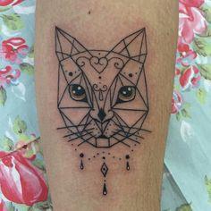 New tattoo cat love thighs Ideas Cat Portrait Tattoos, Wolf Tattoos, Star Tattoos, Finger Tattoos, Leg Tattoos, Girl Tattoos, Sleeve Tattoos, Tatoos, Trendy Tattoos