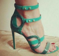 Only Stiletto Sandals — Tekeonheels Pretty Sandals, Green Sandals, Green Shoes, Shoes Sandals, Hot Shoes, Beautiful Shoes, Shoe Collection, Fashion Shoes, Shoe Boots