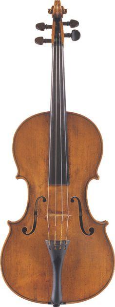 Pietro Giovanni Mantegazza  (circa 1780)  A Viola Milan, circa 1780  Labelled Joannes Mantegatia fecit Madiolani in Via S. Margaritae 1780  Length of back: 40.3 cm