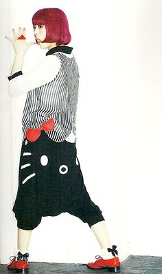 Kyary Pamyu Pamyu Hello Kitty drop-crotch pants So cute! Harajuku Fashion, Kawaii Fashion, Boy Fashion, Fashion Models, Harajuku Style, Fashion Design, Kyary Pamyu Pamyu, Kawaii Goth, Drop Crotch Pants