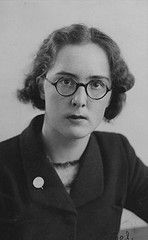 Student Union Officers 1939-1940 (LSE Library) Tags: portrait woman glasses 1930s student eyeglasses lse londonschoolofeconomics lselibrary