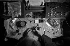 élieBois / L'atelier - créateur de bijoux en bois / Workshop - wooden jewelry designer Designer, Creations, Presentation, Jewelry Designer, Atelier