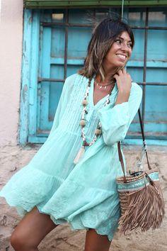 Absolute fav color for the beach or greek tours! Ibiza Fashion, Ethnic Fashion, Unique Fashion, Look Boho, Bohemian Style, Cute Dresses, Short Dresses, Summer Dresses, Vestidos Estilo Boho
