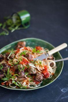 Spaghetti meatballs  |  Crush Magazine