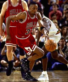 Scottie Pippen wearing Nike Air Uptempo