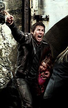 "Tom Cruise & Dakota Fanning in War of the Worlds -- ""Look at the goddamn birds!!!"""