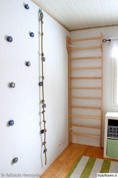 puolapuut,poikien huone,poikien makuuhuone,kiipeilyseinä,kiipeily