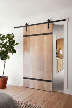 Barn door design fixer upper 28 ideas for 2019 Modern Sliding Doors, Sliding Door Systems, Modern Front Door, Front Door Design, Sliding Barn Door Hardware, Modern Barn Doors, Front Doors, Rustic Barn Doors, Modern Door Design