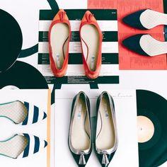 High Heels sind tabu: Flache Schuhe gehören zur 60er Mode!