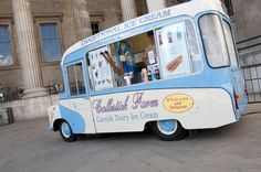 Love this vintage ice cream truck! I want one fully stocked!