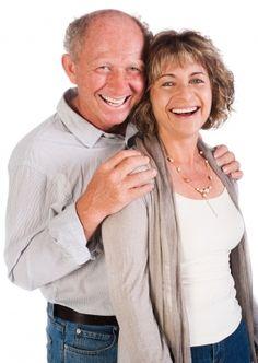 pareja mayor feliz