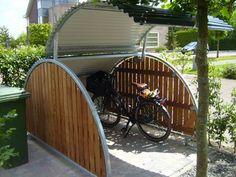 Bicycle storage F-650 Bike Locker, Garage Velo, Outdoor Bike Storage, Bike Shelter, Bicycle Decor, Bicycle Design, Bike Shed, Shed Storage, Storage Ideas