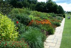 pictures lanning roper gardens | ... to the Royal Horticultural Society for use as a demonstration garden