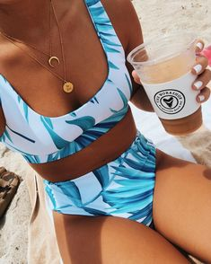 Really cute bikini! Bright and tropical. Source by tropisch Bikinis For Sale, Cute Bikinis, Cute Swimsuits, Summer Bikinis, Summer Bathing Suits, Cute Bathing Suits, Summer Suits, Bikini Outfits, Stylish Clothes