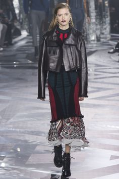 Louis Vuitton Fall 2016 Ready-to-Wear Collection Photos - Vogue