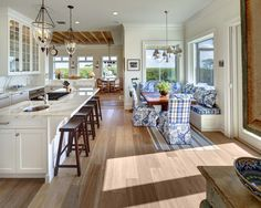 Traditional Kitchen Design, Pictures, Remodel, Decor and Ideas - page 16