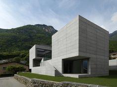 Delicieux Modern Concrete House ~ Http://modtopiastudio.com/the Extraordinary