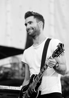 Adam Levine CAN SAY WHATEVER THE HECK HE WANTS!!!! #teamadam