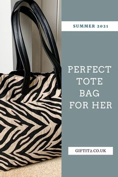 Best teacher tote bags, ideal for carrying everything you need for the day, whilst looking stylish and chic. Check out Gift It 2 for latest summer tote bag ideas, including this Zebra Fabric Tote Bag which is spacious, light weight and totally practical for all that you need to carry throughout the day. #giftit2 18th Birthday Gifts For Girls, Birthday Gifts For Girlfriend, Summer Tote Bags, Red Tote Bag, Thoughtful Gifts For Her, Gifts For Mum, Teacher Tote Bags, Fabric Tote Bags, Simple Gifts