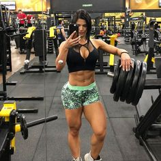 Top 5 Hottest Female Fitness Models on Instagram
