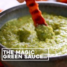 5 Minute Magic Green Sauce – SO AWESOME. Made with easy ingredients like avocado 5 Minute Magic Green Sauce - SO AWESOME. Made with easy ingredients like avocado, olive oil, cilantr Mexican Food Recipes, Whole Food Recipes, Cooking Recipes, Dinner Recipes, Think Food, Love Food, Healthy Snacks, Healthy Eating, Healthy Recipes