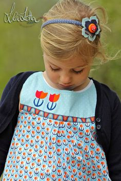 Lila-Lotta / Dutch Love by Hamburger Liebe. Love the fabric!!!