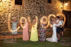 What a nice idea had our photographer Marc last Tuesday at Villa San Crispolto..... Photo by Valentina Weddings