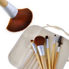 5 Pcs Earth-Friendly Bamboo Elaborate Makeup Brush Sets