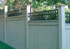 3 Friendly Tips AND Tricks: Natural Fence Plants short fence curb appeal. Fence Landscaping, Backyard Fences, Garden Fencing, Brick Fence, Front Yard Fence, Wood Fences, Pallet Fence, Wire Fence, Fence Doors