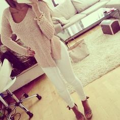 Sexy casual - sweater, white pants, perfect!
