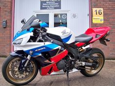 Discover All New & Used Motorbikes For Sale in Ireland on DoneDeal. Buy & Sell on Ireland's Largest Motorbikes Marketplace. Sport Bikes, Motorbikes, Blade, Honda, Legends, Motorcycle, Fire, Vehicles, Sports