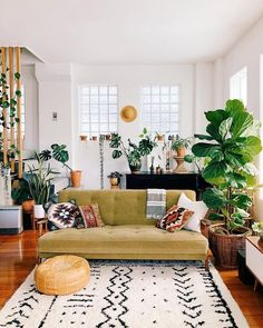 Living Room Decoration With Plants Ideas You'll Like; Living Room Decoration With Plants; Plants In Living Room; Living Room With Plants Deocr; Boho Living Room, Living Room Interior, Home And Living, Cozy Living, Modern Living, Living Room With Plants, Living Room Wooden Floor, Home Decor With Plants, Green Living Rooms