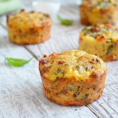 Mini Frittatas Potatoes with Bacon and Vegetables Potato Frittata, Mini Frittata, Tasty, Yummy Food, Pancakes And Waffles, Brunch Recipes, Healthy Snacks, Cooking Recipes, Vegetables