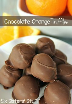 Chocolate Orange Truffles on SixSistersStuff | No candy thermometer needed and the steps are easy to follow. I promise that if I- the lazy cook of the family – can make these, so can you!