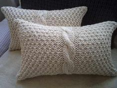 Cortinas Crochet Hasta 140 M X Hasta en Mercado Libre Argentina Knitted Cushion Covers, Knitted Cushions, Throw Cushions, Knitted Blankets, Bed Pillows, Crochet Home Decor, Knit Pillow, Crochet Videos, Knitting Projects