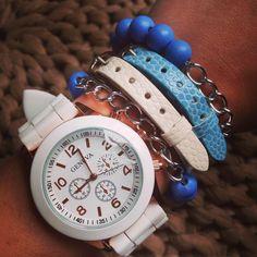 Blue and white armcandy  Shop ze bij madewithlove725@gmail.com✉️ Setprijs voor maar €25,-
