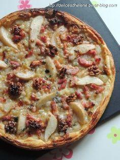 Tarte aux poires, lardons, roquefort et noix