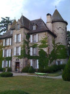 Château de Carbonat ~ Cantal ~ Auvergne ~ France