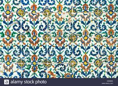 Download this stock image: Iznik tiles in the courtyard of the Queen Mother, Topkapi Palace Harem , Istanbul, Turkey - DW885E from Alamy's library of millions of high resolution stock photos, illustrations and vectors.